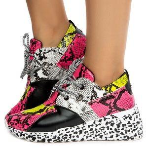 🆕 Neon Pink, Green & White Fashion Sneakers